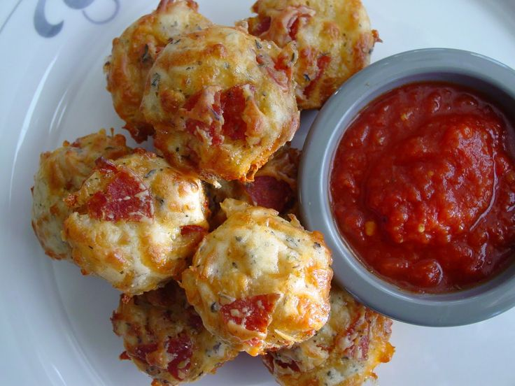 Pizza muffins - sub 123gluten free or better batter or bob red mill all purpose for flour. poss make ahead for quick lunch