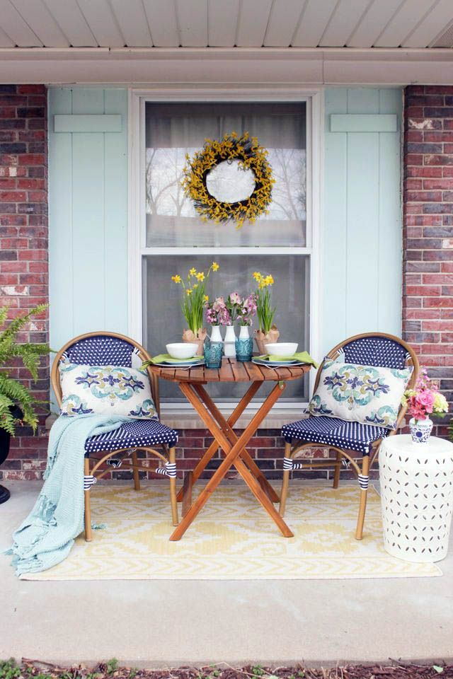 Most Popular Winterizing A Screened In Porch For 2019 Spring Porch Decor Patio Furnishings Front Porch Decorating