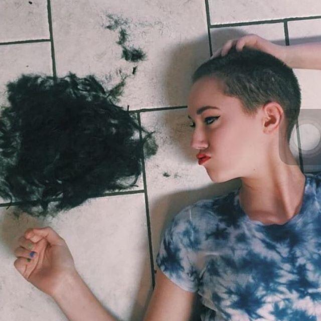 WEBSTA @ buzzcut_lover - #shavedheadedbabes #headshave #baldgirl #girlswithbuzzcuts #buzzedbeauty #buzzcut #buzzedgirls #baldgirl #baldwoman #nohair #nohairdontcare #shavedheadgirl #shavedheadedbabes #shavedhead #haircut #crewcuts #baldisbeautiful #buzz#bald#clippers#clippercut#headshaving #shorthair #shorthairdontcare #shorthairstyles #glatze #rapada #pelocorto #undercut#shave #baldbeauty @bbq_finsta You're a real buzzed beauty.