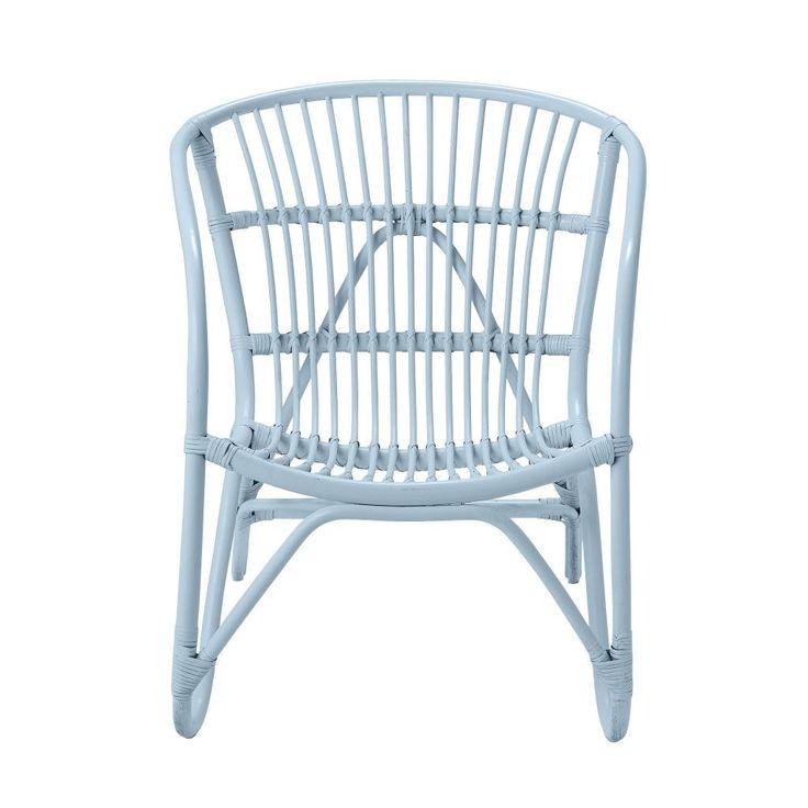 Rotan stoel in mintgroene kleur van Bloomingville. Rotan stoel met zachte, ronde vormen.