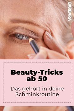 """""""Glitter settles in the folds"""" – Six Beauty-Must-Haves 50 +++"""