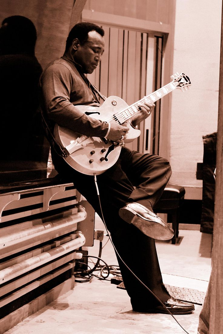 George Benson - this man has bridged the gaps between pop and jazz perfectly whilst still maintaining the elegance and creativity of the Jazz genre