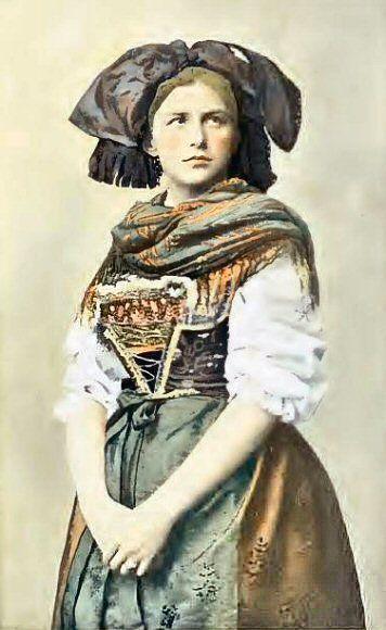Alsacienne en costume traditionnel. Histoire d'Alsace