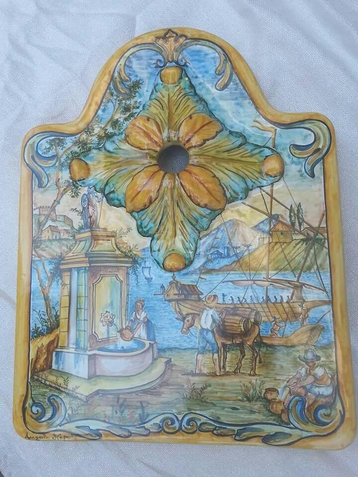 Frontale Fontana da Giardino veduta ripresa dalle maioliche di S Chiara Napoli