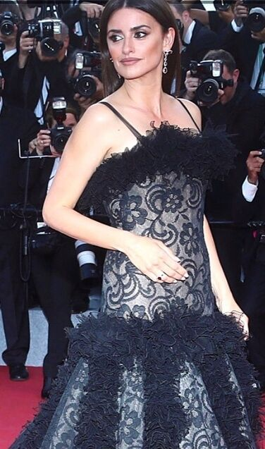 Penelope Cruz Wearing Black Chanel Dress Gown For Cannes Film