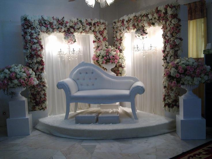 All About Weddings by Zaifie Zainal: Wedding of Ben & Manis   Pelamin sudut