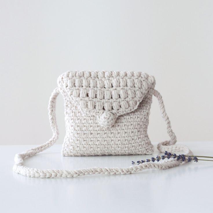 Crochet small summer bag - vitavihandmade #beige #crochet #bag #summer
