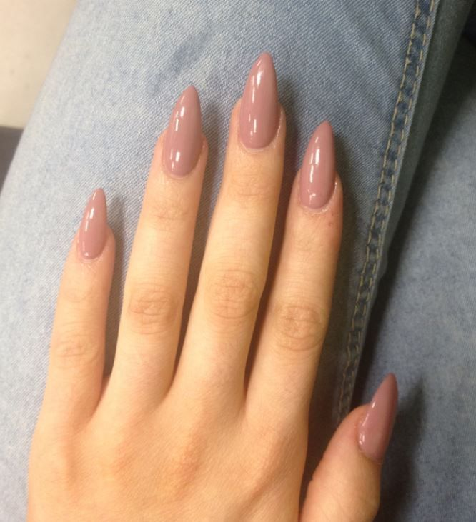 Our picks for the prettiest almond nails on Pinterest! Great if you're looking for some inspiration for cool nail designs for all occasions...