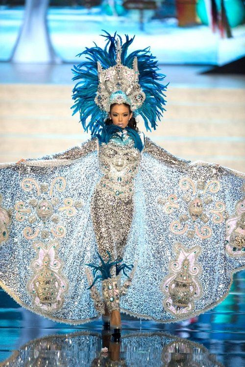 Miss Universe National Costume 2012 – Part 1 | Tom & Lorenzo Miss Nicaragua