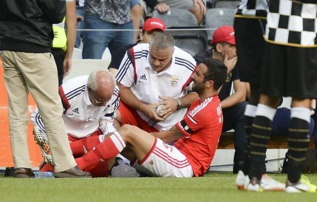 Ruben Amorim com entorse no joelho direito