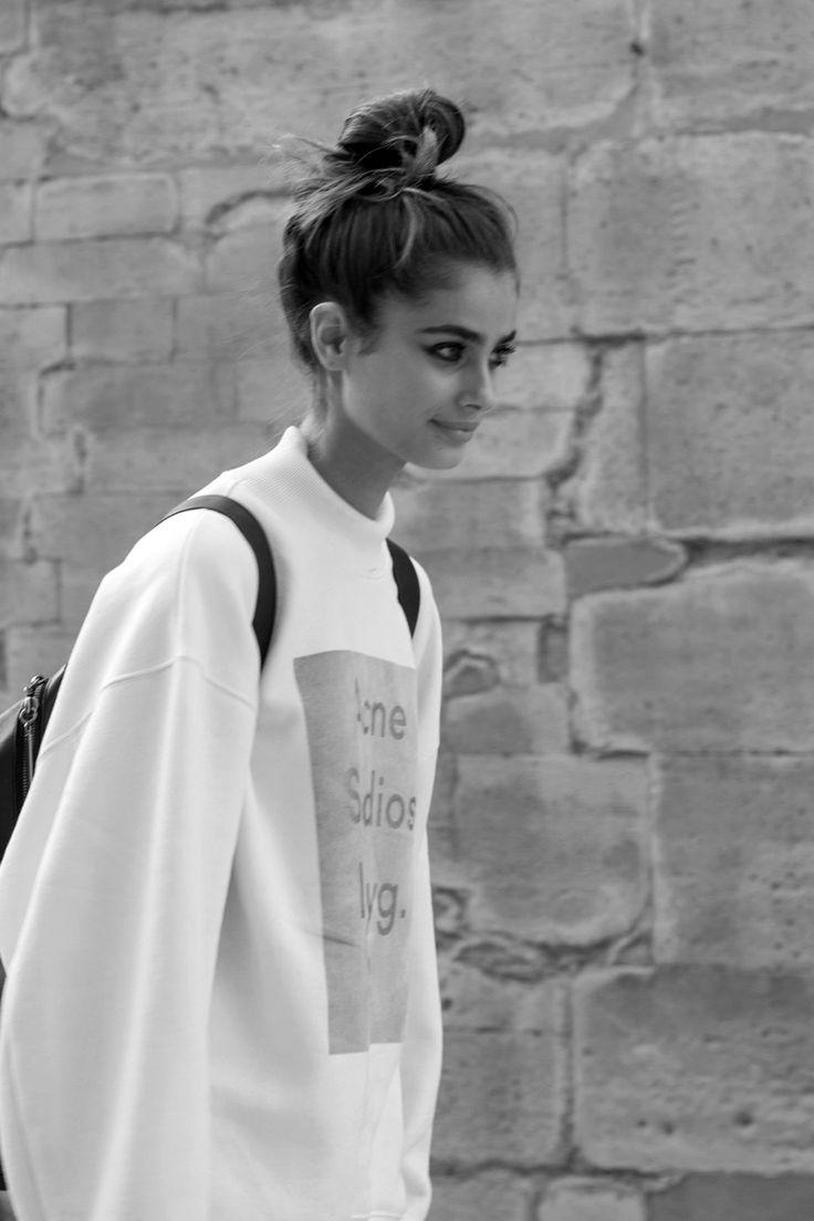 "senyahearts: ""Models Off Duty: Taylor Marie Hill - Street Style, PFW Spring 2015. """