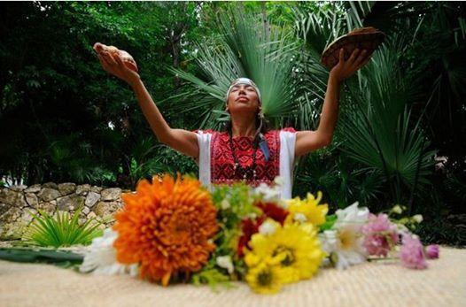 Любые ваши желания в отеле #ГрандВеласРивьераМайя будут исполнены!  Не хотите традиционную свадьбу?  Мы можем организовать для вас церемонию в стиле майя, на которой вас ждут шаманы, ритуальные свадебные песни майя, подношения океану и много других интересных вещей! http://rivieramaya.grandvelas.com/russian/