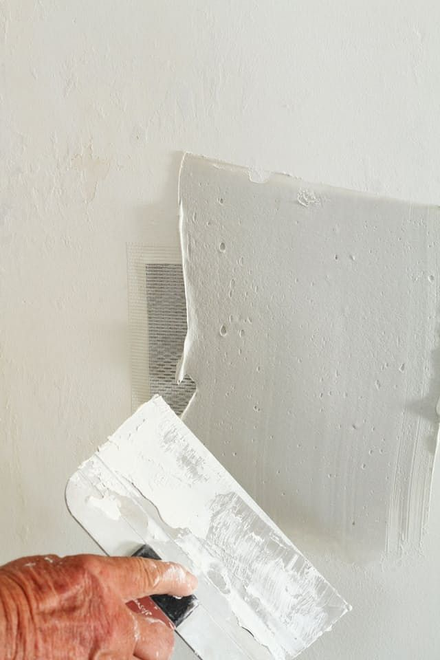 painting plaster wallsBest 25 Repairing plaster walls ideas on Pinterest  Plaster