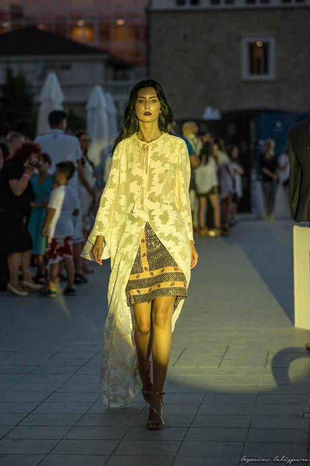 #MotiveDeFericire by #IzabelaMandoiu  Shoes: The 5th Element  Foto: Cosmin Calispera Fotograf