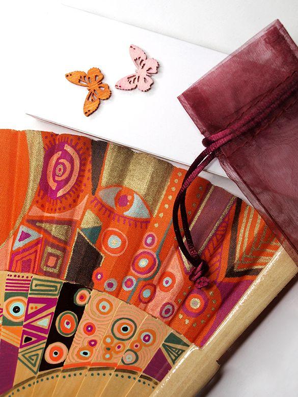 Abanicos de Marina. Abanico pintado a mano. Spanish fan. Orange packaging