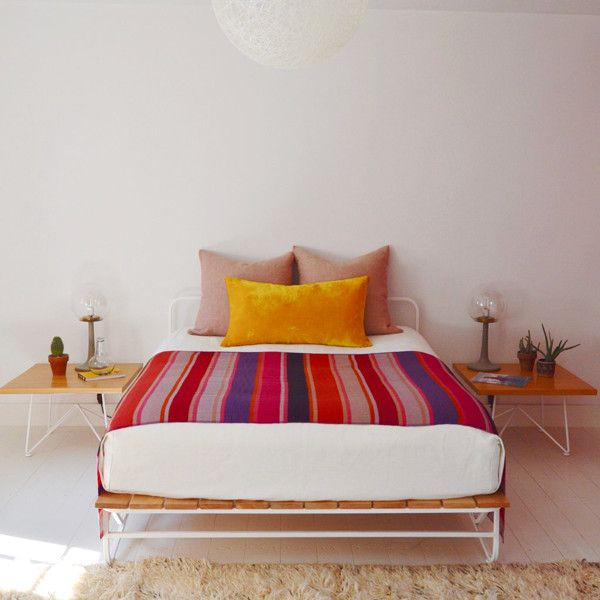 Frazada-Inspired In Marfa - Bolivian Frazadas For Every Kind Of Space - Photos