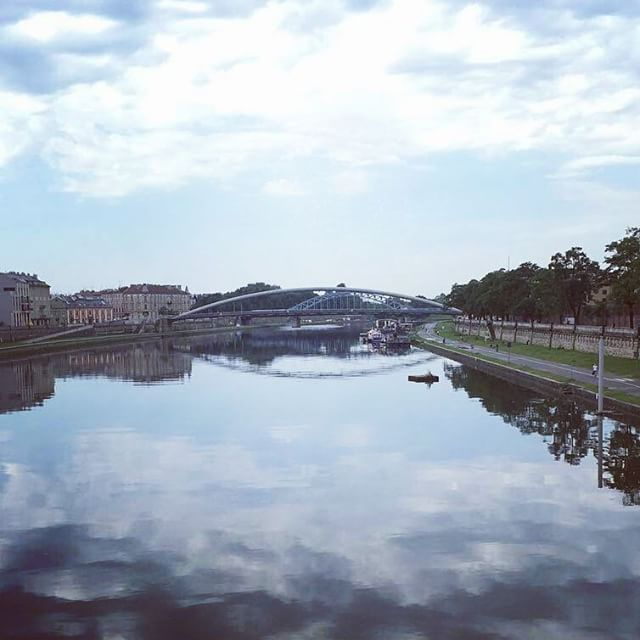 Tranquil image from @connorhuxtable in #Poland #kraków enjoying the Eastern European study tour. #studyabroad #easterneurope #europe #travel