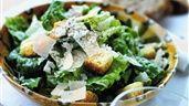 Caesarsallad med Parmesan | Recept