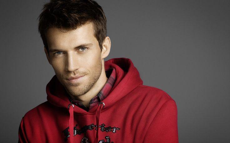 Andrew Cooper in a red hoodie desktop wallpaper 29620
