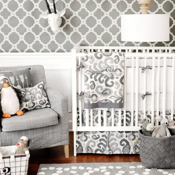 Восточный узор или икат покорил многих дизайнеров, его широко используют в современных интерьерах и моде.