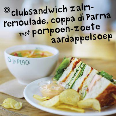 Nieuw bij La Place. Heerlijke clubsandwich met soep.. Heb jij hem al geprobeerd?  #clubsandwich #pompoen #zoete aardappel
