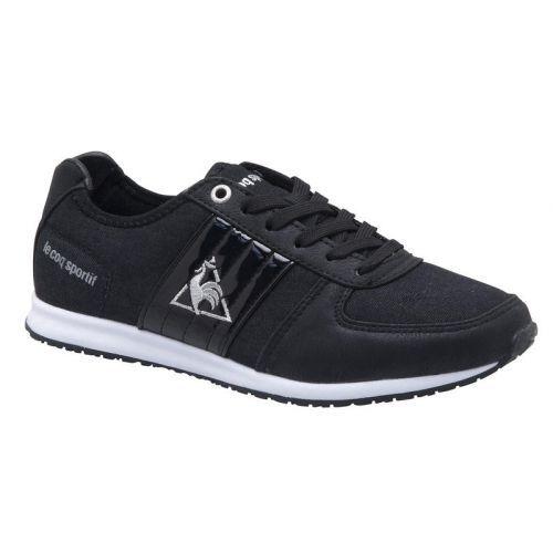 LE COQ SPORTIF RAPIDE LOW black Deze Rapide sneaker is gemaakt van actuele materialen die uitstekend op de huidige zomertrends aansluiten