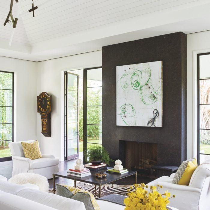 Modern Meets Traditional In An Impeccable Golf Cottage Luxe Interiors Design Elegant Living Room Decor Interior Design Family Room Design