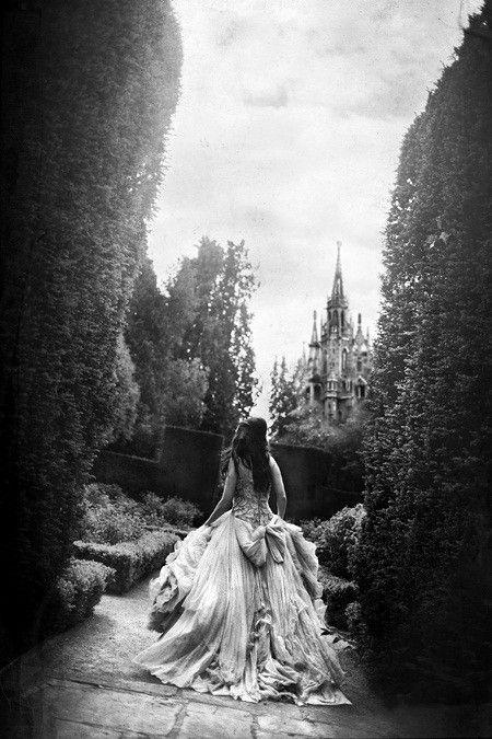 .Dreams, Alice In Wonderland, Fairy Tales, Castles, Yellow Brick Road, Yellow Bricks Roads, Princesses, The Dresses, Fairies Tales