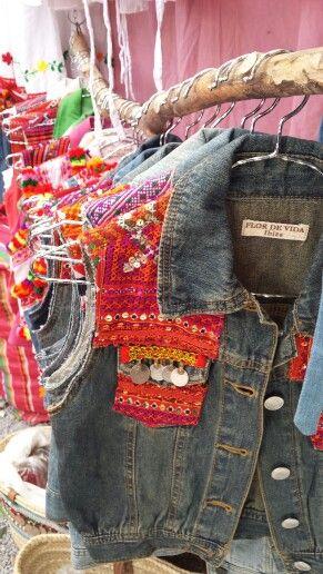 Nice picture of our vest in Las Dalias Market!