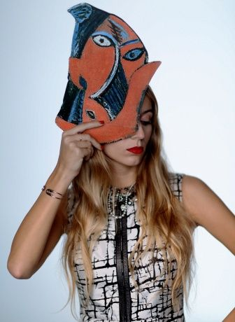 Vogue Daily — Tom Binns mask worn by Harley Viera-Newton  http://cultureclub.mx/WP/halloween-diy