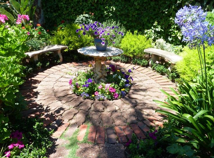 summer garden nook