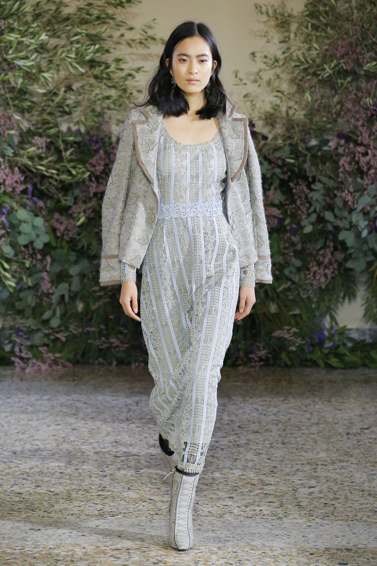 Luisa Beccaria Autumn/Winter 2018 Ready-To-Wear Collection 1 day ago