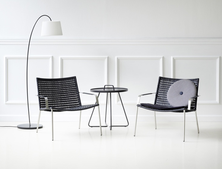 modern look furniture. the black edition of our straw lounge chair is a combination paper yarn and stainless steel this gives timeless yet modern look furniture