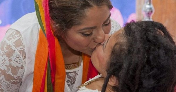 Iranian lesbian couple marry in Stockholm / Pink News