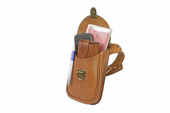 Sacoche holster d'épaule en cuir sacoche par OakCreationCuir