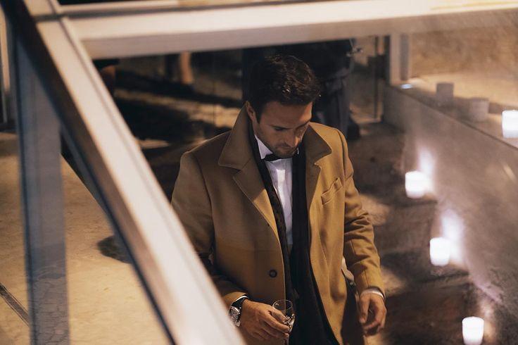 Tomás Monteiro vestiu a camisola GQ Portugal para o MotY 2016 e serviu-lhe que nem uma luva. O ponto de vista GQ da noite tem a objetiva do fotógrafo.
