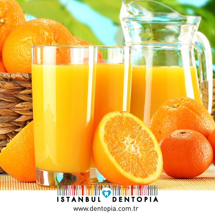 Portakal suyu gibi bazı asit içeren meyve suları, diş minesinin sertliğini yüzde 84'e kadar azaltabiliyor. Diş minesinin zayıflaması da, dişin aşınmasını ve çürümesini hızlandırıyor. Yapılan araştırmalar, asitli içeceklerin pipetle içilmesini tavsiye etmektedir. #dişsağlığı