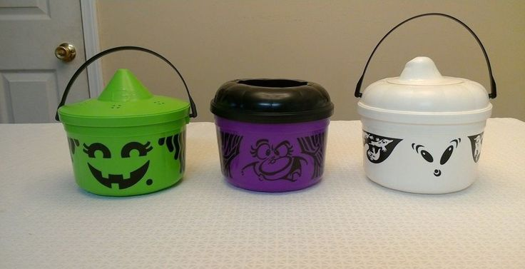 3 Vintage 90's McDonald's HALLOWEEN TRICK OR TREAT PAILS/BUCKETS/cookie cutters