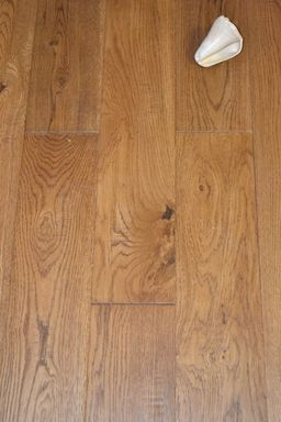 Elka Golden Oak Solid Wood Flooring, Distressed, Lacquered, 130x18 mm