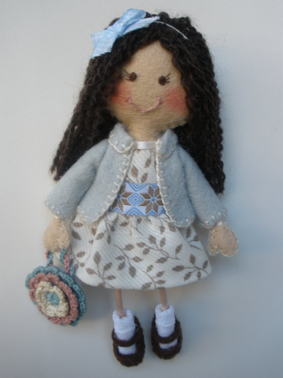 Felt doll brooch with dress embroidered jacket by BarbaritaDesigns, €30.00