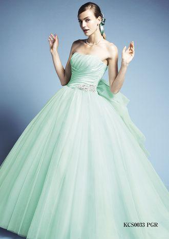 ギンザ クチュール ナオコ(GINZA COUTURE NAOCO) 銀座 アネックス店 フレッシュで妖精のようなアイス・ペパーミントグリーンのドレス