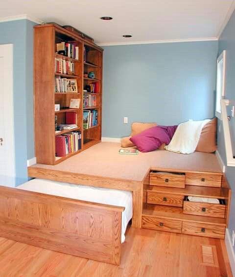 utk kamar tamu sekaligus ruang main dan ruang baca