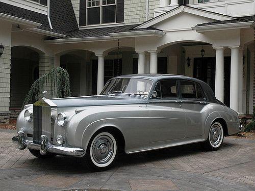 Rolls Royce Silver Shadow.                                                                                                                                                                                 More