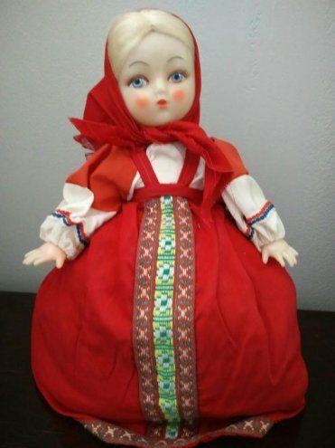Venäläinen pannumyssy tyyppinen nukke