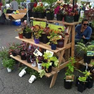 farmer s market display ideas bing images gardening farmers