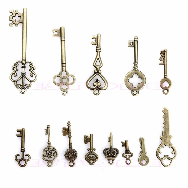 S105 New Fashion 13 Mix Antique Vintage Old Look Skeleton Keys Lot Bronze Tone Pendants Jewelry