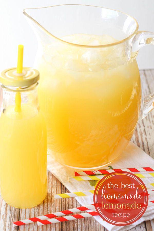 Our favorite homemade lemonade recipe - so good! { lilluna.com ] #lemonade