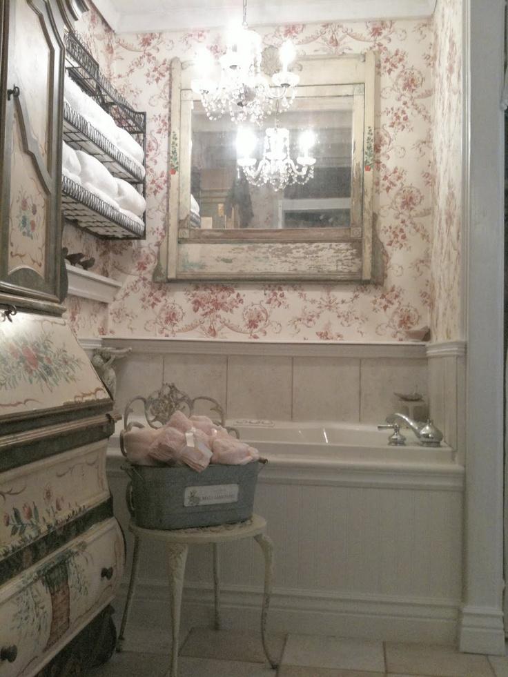 French shabby chic bathroom