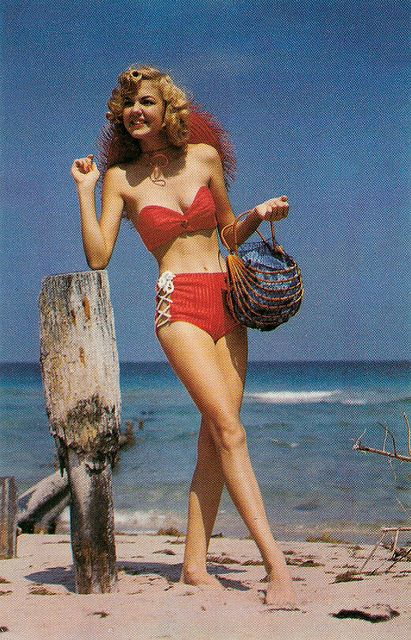 American postcard by Natural Color Publisher, Miami Beach, no. NCP 947 1933. Photo: H.W. Hannau.