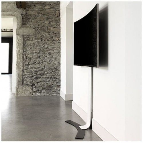 TV beugel - TV ophangen zonder te boren en zonder schroeven! TV Muursteun Standit 400 - Bevestiging zonder boren! Zonder schroeven toch op een goede hoogte ophangen? Dan is dit de oplossing! Het komt vaker voor, je zit in een volledig glazen gebouw, een monumentaal pand waar niet in de muur geboord mag worden of met een beurswand. Zo zijn er talloze voorbeelden waar deze zeer uitzonderlijke beugel kan worden ingezet. Ook voor thuis is het zeker niet verkeerd…